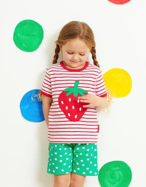 strawberry t-shirt with red and white stripe to rent